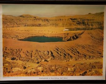Vintage  Pull Down Chart  School Chart  Afrika Kraterlandschaft in Marra Gebirge