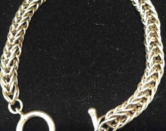 Chain braclet with toggle