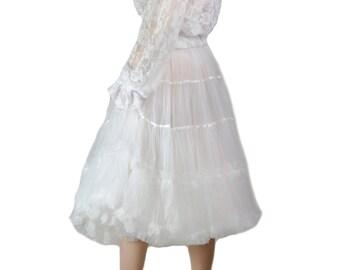 """27"""" Inches Richly layered Luxury Petticoat in softest Mesh fabrics. Retro Style Inner Petticoat Skirt"""