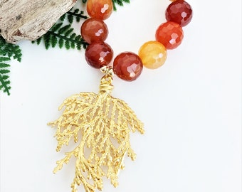 Carnelian Gold Necklace with Pendant, Orange Gemstone Necklace Handmade, Red Carnelian Beaded Necklace for Women, Stone Unique Statement