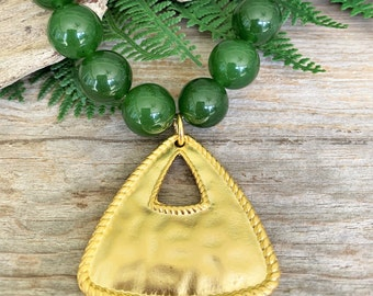 Dark Green Jade Necklace with Gold Triangle Pendant, Short Beaded Gemstone Necklace, Stylish Real Gem Necklace for Women, Adjustable