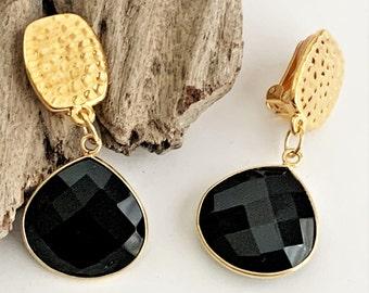 Handmade Onyx Gemstone Clip on Earrings for Unpierced Ears, Short Black Drop Earrings for Non Pierced Ears, Comfy Hammered Gold Women