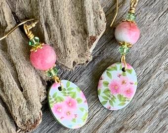Watermelon Tourmaline Gemstone Earrings, Pink Floral Clay and Stone Earrings, Green Crystal Flower Dangle Earrings Women, Gold Short Small