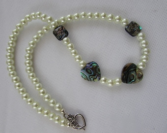 Pretty shell and pearl necklace