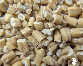 Hulled steel cut oats, certified organic; bunny treat, horse treat, bird treat, hamster treat, rat treat, gerbil treat, mouse treat