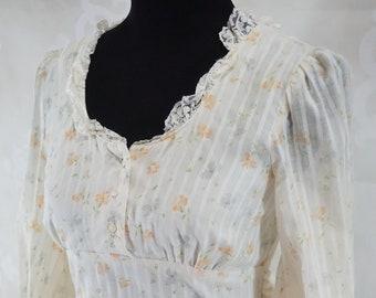 4e0e40f7e2f Lace corset