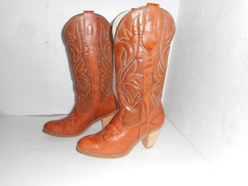 00d643c944e13 Beautiful VTG Capezio Woman's Western Tan Marbled Leather Cowboy Boots 7 .5  USA