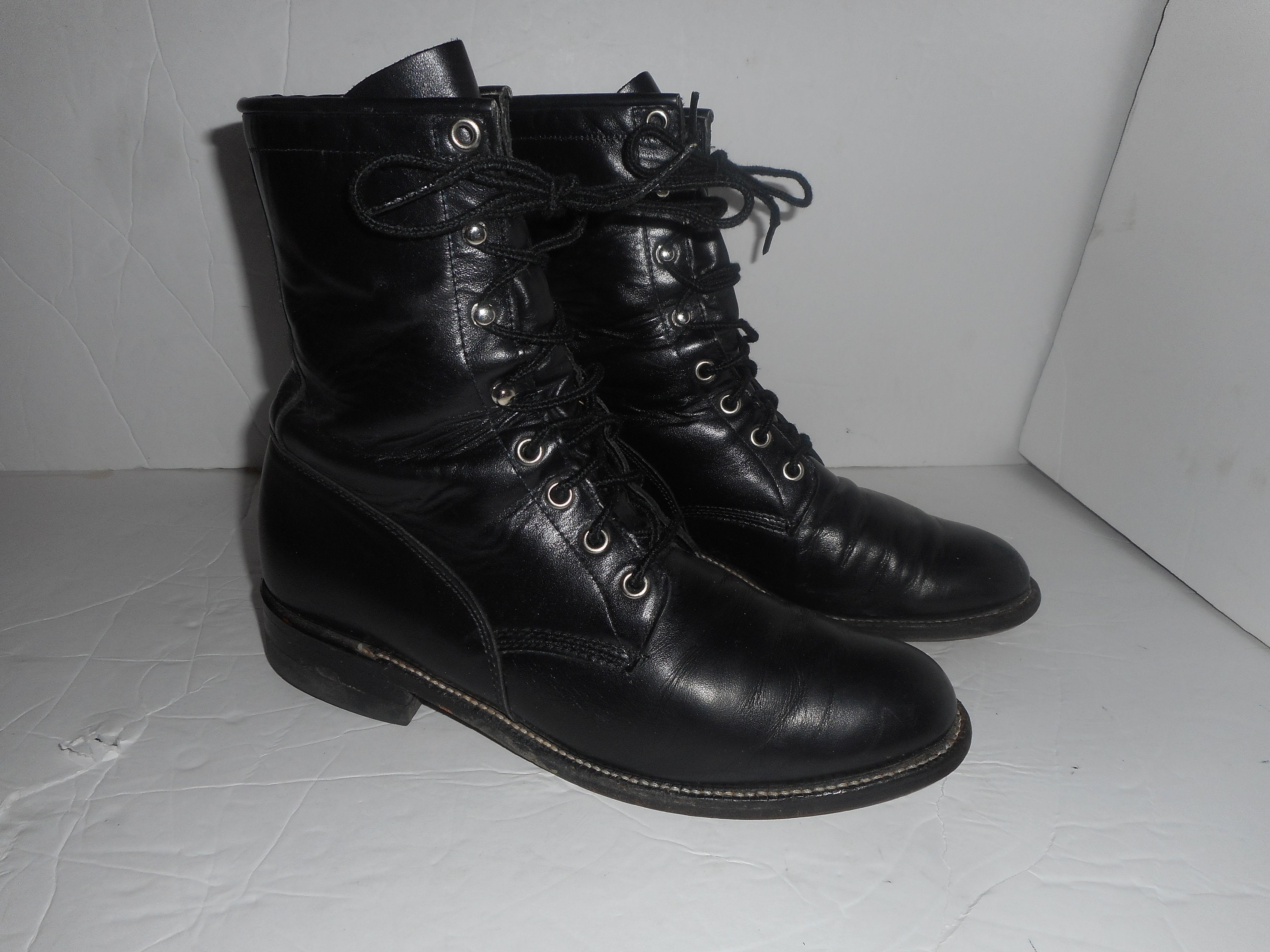 caf85f362fb 20% OFF Vintage Justin Roper Leather Lacers Women Roper Riding Granny Boots  Size 8 B **NICE**