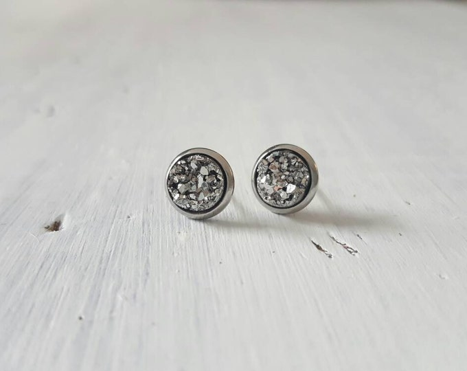 8mm small stainless surgical steel pewter druzy studs