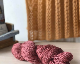 Old Rose, Hand dyed Skein, Farm Grown Mohair - Wool, Fingering Weight, Semi-solid, Trillium Yarn, 328m/100g