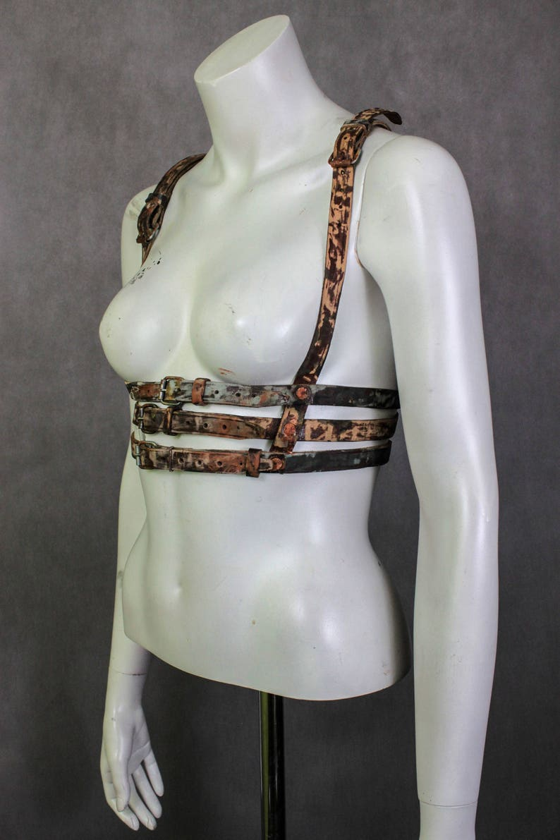 The Walking Dead Woman Harness - Zombie Killer Girl - Leather Harness -  BDSM Fetish - Leather Gun Belt - Holster Belt - Holster Harness