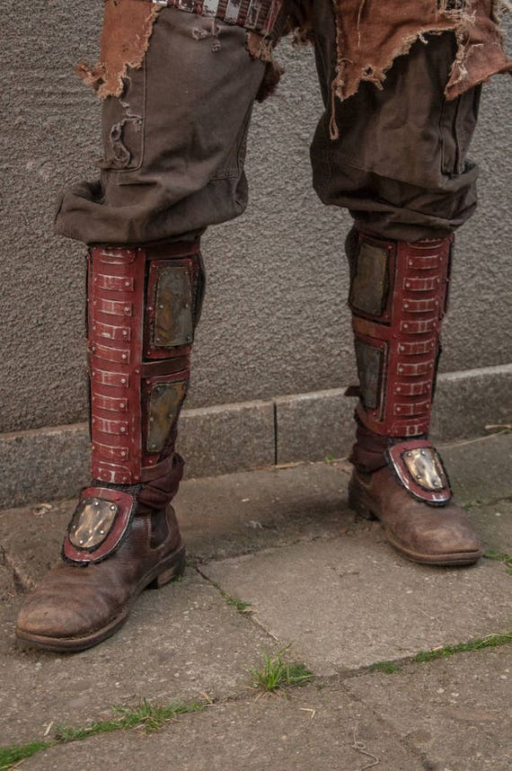 Larp Armor - Greaves Legs - Greaves - Shinguard - LARP Steampunk, Armor  Leg, Metal Leg Protection, Post Apocalyptic Greaves, Cosplay Greaves