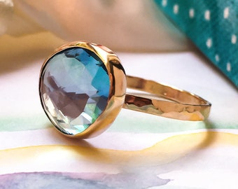 Freeform Topaz Gold ring, Sky Blue Topaz Statement ring, 9ct solid Gold ring, Natural Topaz Dress Gold ring.
