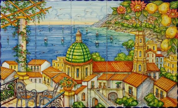 Amalfi Küste Malerei auf keramischen Fliesen, Vietri Sul Mare mit Blumen und Zitronen, bunte Kunst, Abziehbild Designs Ideen