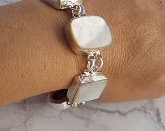 SALE !!! Silver Mother of pearl bracelet, white bracelet, shell bracelet, pearl Jewelry, Vintage link bracelet