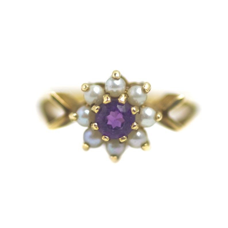 Vintage 1971 Victorian Styled Purple Amethyst and Natural Seed Pearl Halo 9K Yellow Gold Ring Size 6.25