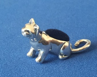 A Cat Pin Cushion Victorian Style sterling silver .925