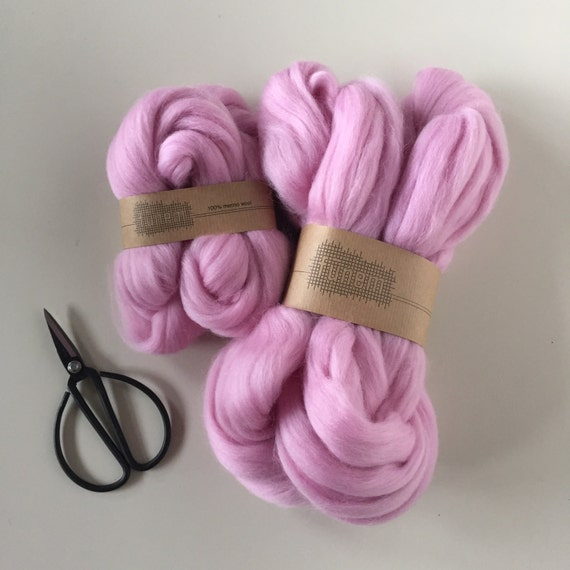 Merino Wool Roving 552 Light Pink