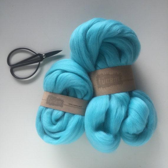 Merino Wool Roving 556 Turquoise