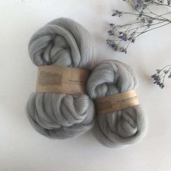 Organic Merino Wool Roving 637 Silver Grey