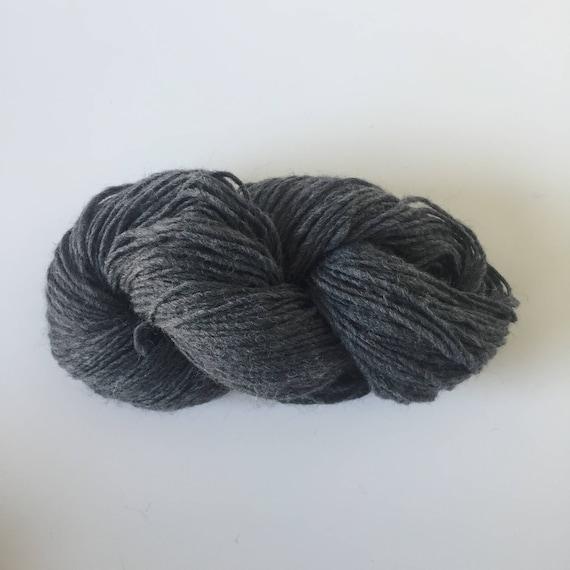 Woolly Yarn Dark Heather Grey