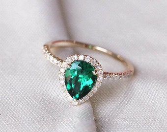 Pear Emerald Engagement Ring, Halo Engagement Ring, Engagement Ring, Emerald Ring, Halo Emerald Ring, Yellow Gold Ring, Yellow Gold