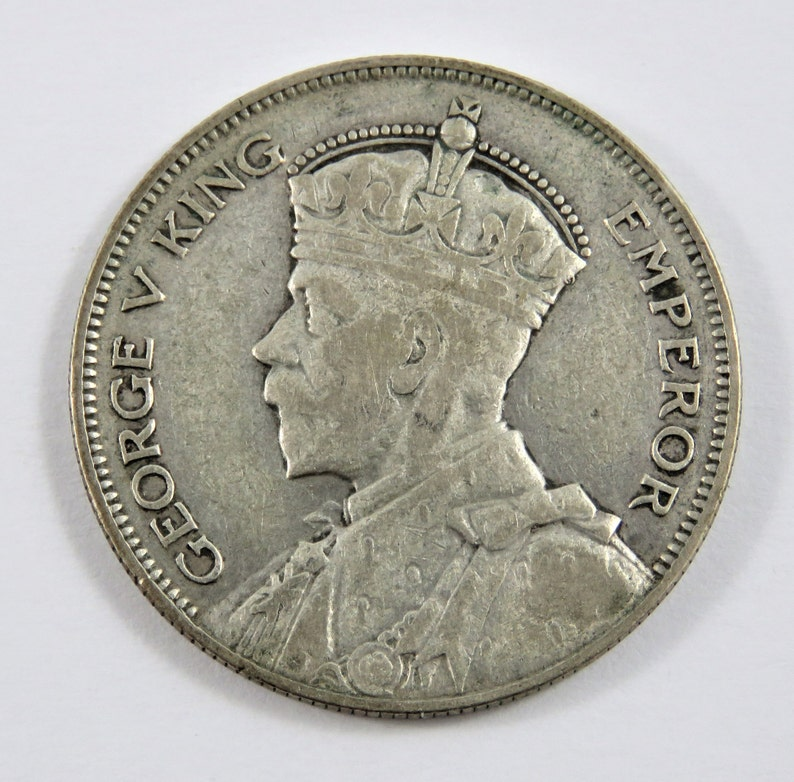New Zealand 1935 Silver Half Crown Coin.