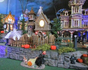 haunted halloween village display base dept 56 lemax miniature multi level curving 42x12 modular to grow nop h
