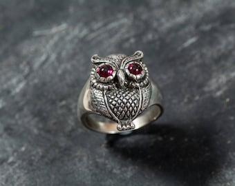 Owl Ring, Silver Owl Ring, Garnet Ring, Artistic Ring, Garnet Eyes, Natural Garnet, January Birthstone, Solid Silver Ring, Wisdom Ring, Owl