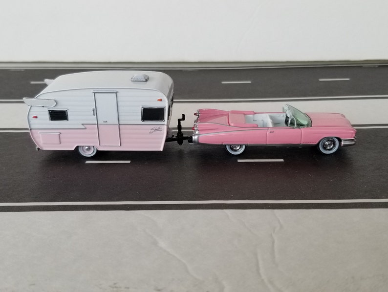 1959 Cadillac Convertible Towing A 1961 Shasta Travel Trailer 1/64 Scale  Die Cast Metal Adult Collectible Model Car & Camper Trailer Set