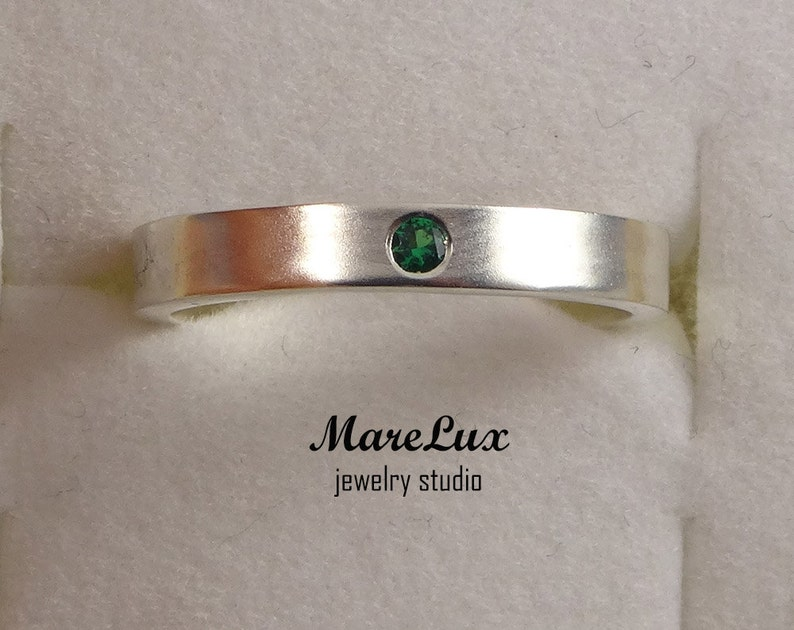 Emerald May Birthstone Silver Ring, Synthetic Emerald Ring, Sterling Silver  or Gold Emerald Band Ring, Round Cut Birthstone Ring