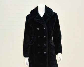 Early 1960s Vintage Women's M Midnight Blue Faux Fur Fuzzy Double Breasted Coat