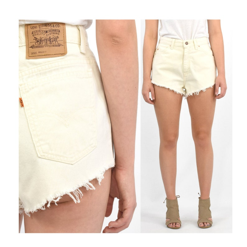 b107bbb495 80s Vintage Levi's High Waist Shorts Ivory Wash Hot pants | Etsy
