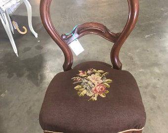 Vintage Antique Victorian French Balloon Back Chair Needlepoint Seat Shabby  Chic