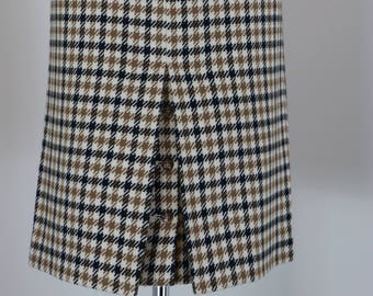"""80s Does 1960s Skirt - Plaid Midi Pencil Skirt - Austin Reed - Back Slit Button Detail - Mad Men - Brown Black Check - Size Small 26"""" Waist"""