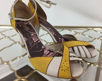1980s High Heel Sandals - Funky Peep Toe Leather High Heel Shoes - Ankle Strap - Strappy Vintage Shoes - Colcci - 7 US 38 EU Made in Brazil