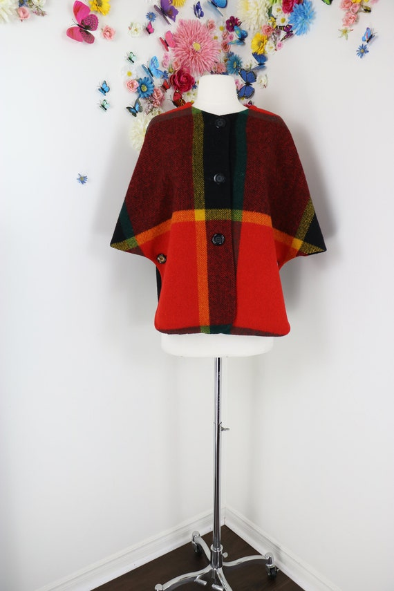 Vintage 60s Plaid Wool Cape - COUNTRY PLACE Fall C
