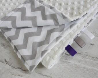 Baby Blanket - Minky Blanket - Chevron Blanket - Grey chevron baby blanket - Baby play mat - Baby pram blanket