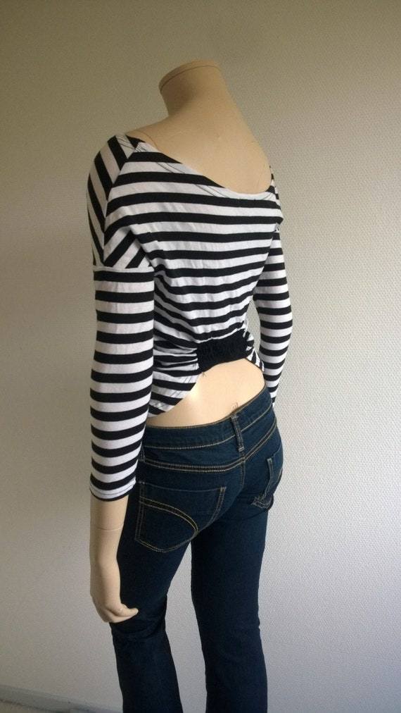 Hot 90s open back stripe top blouse
