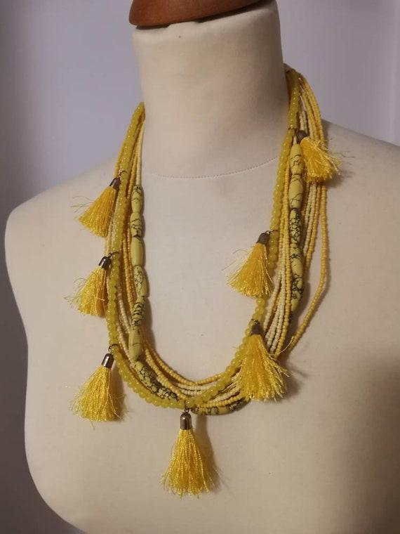 Bib necklace//chunky statement necklace