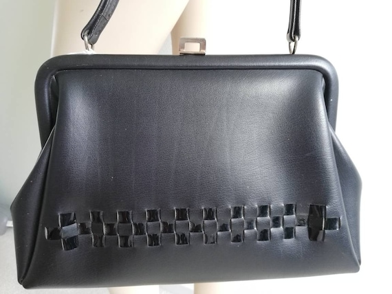 Mad Men bag//Iconic top handle 50s purse