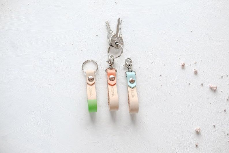 Initial Keychains, Personalized Leather Key Holder, Custom Name Keyring,  Key Fob, Key Ring, Personalized Bridesmaid Gift, Gift Wholesale