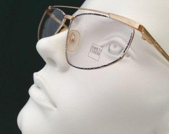 fb5b736a1352 SUPERDISCOUNT !!    Enrico Coveri mod. 304 - 710   Vintage 80 s Eyeglasses  frame  NOS   Made in Italy