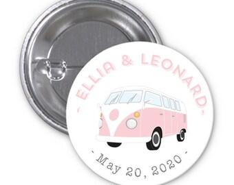 Badge Bus Combi Volkswagen to offer guests footprints of the bride and groom!