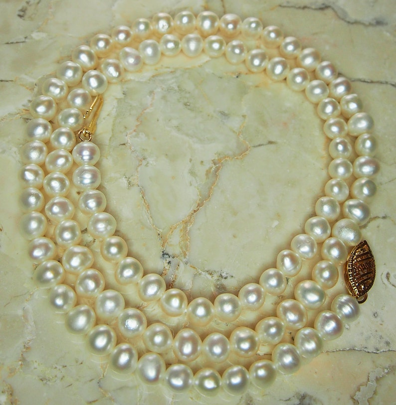 5e54d76735f4f Vintage Pearl Necklace, Strand of Pearls, Ivory Pearl Necklace 14K Gold  Clasp, 18 Inch Pearl Necklace, Graduation Gift, Cream Pearls