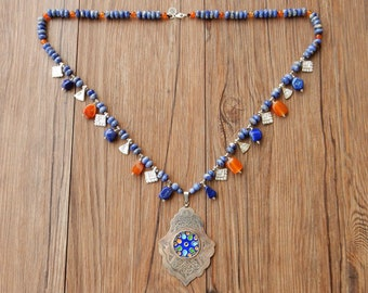 Necklace with Moroccan Berber pendant in silver and enamels with lapis lazuli and corniola