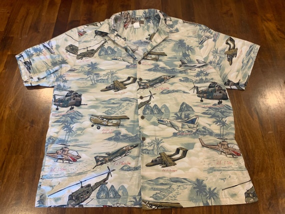 Vintage Hawaiian Shirt. Men's 2XL Hawaiian Shirt.