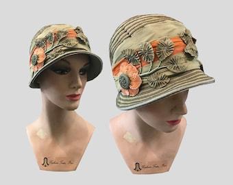 1920s Green Metallic Cloche Hat