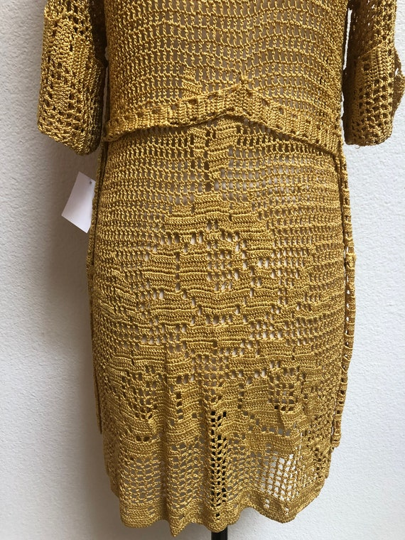 1930s Crocheted Gold Cardigan with roses, belted … - image 4