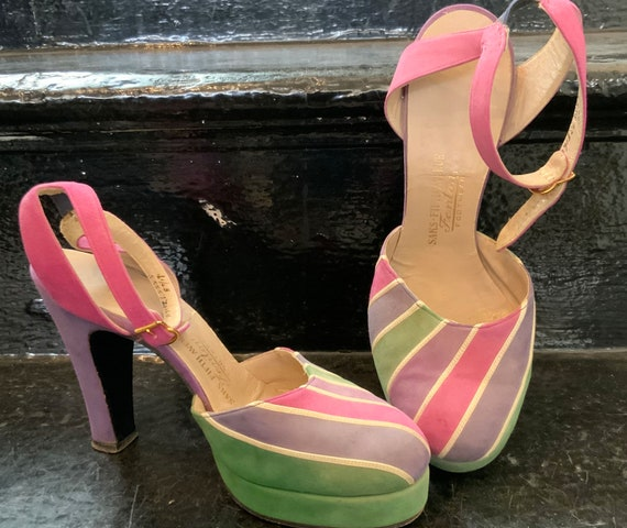 Vintage 1940s platforms ankle strap Pastel colors